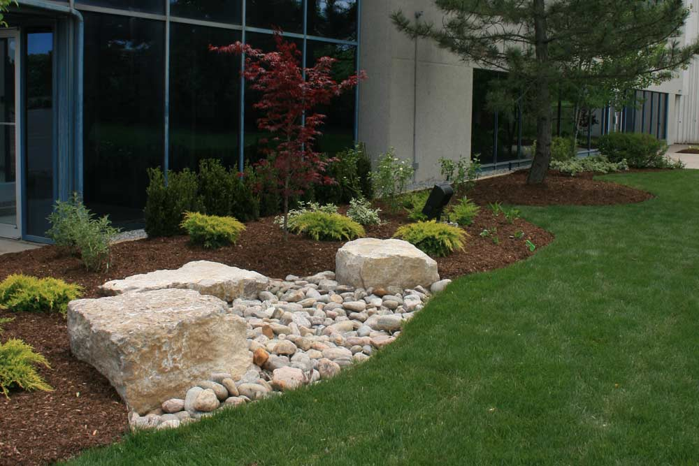 commercial-landscaping-13